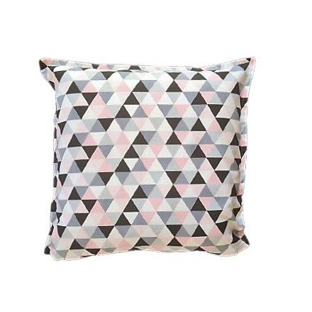 Rózsaszín- szürke háromszögek, alvó párna